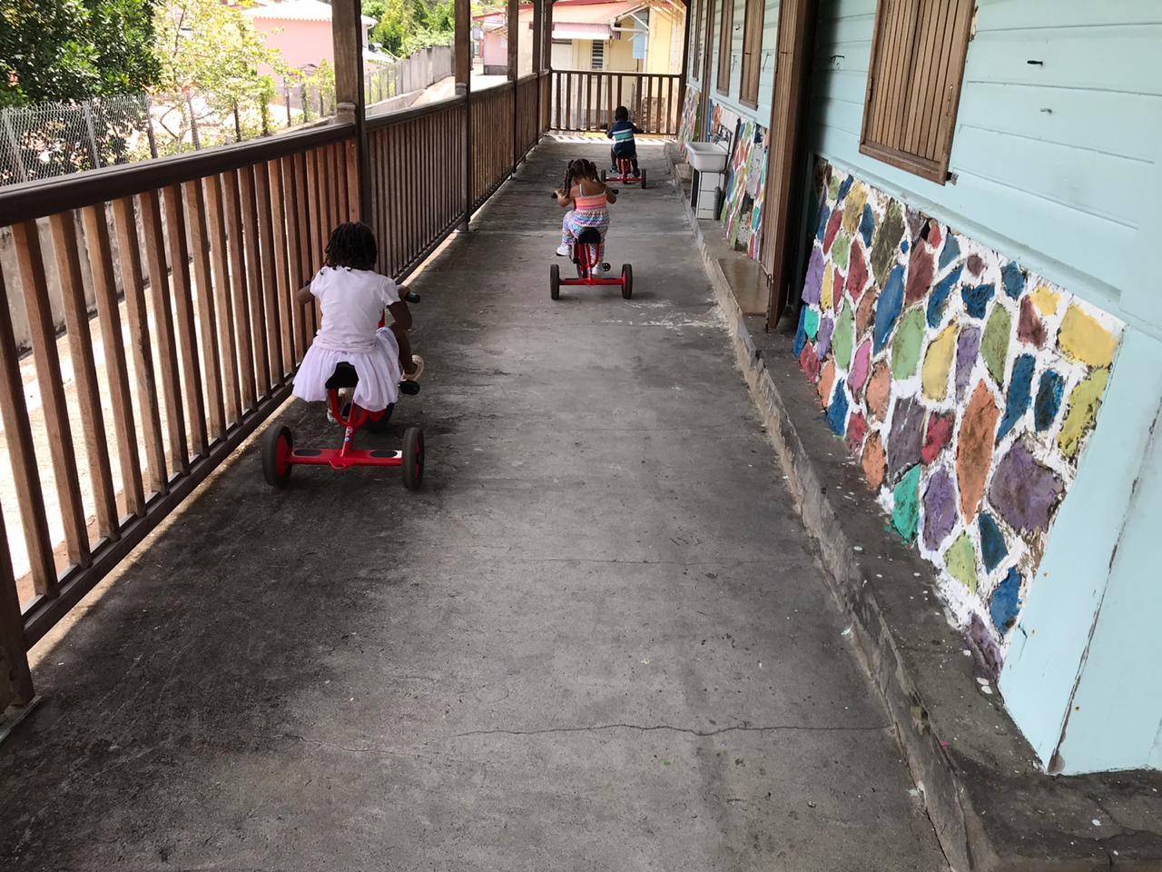 À l'école Flech Kann, les enfants de soignants vivent la crise autrement