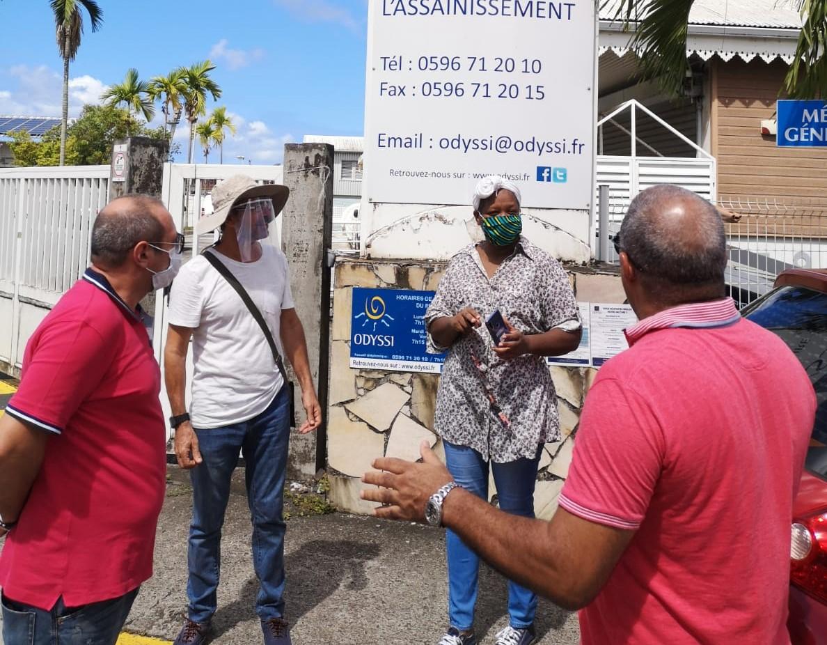 Mobilisation des habitants d'Acajou au siège d'Odyssi