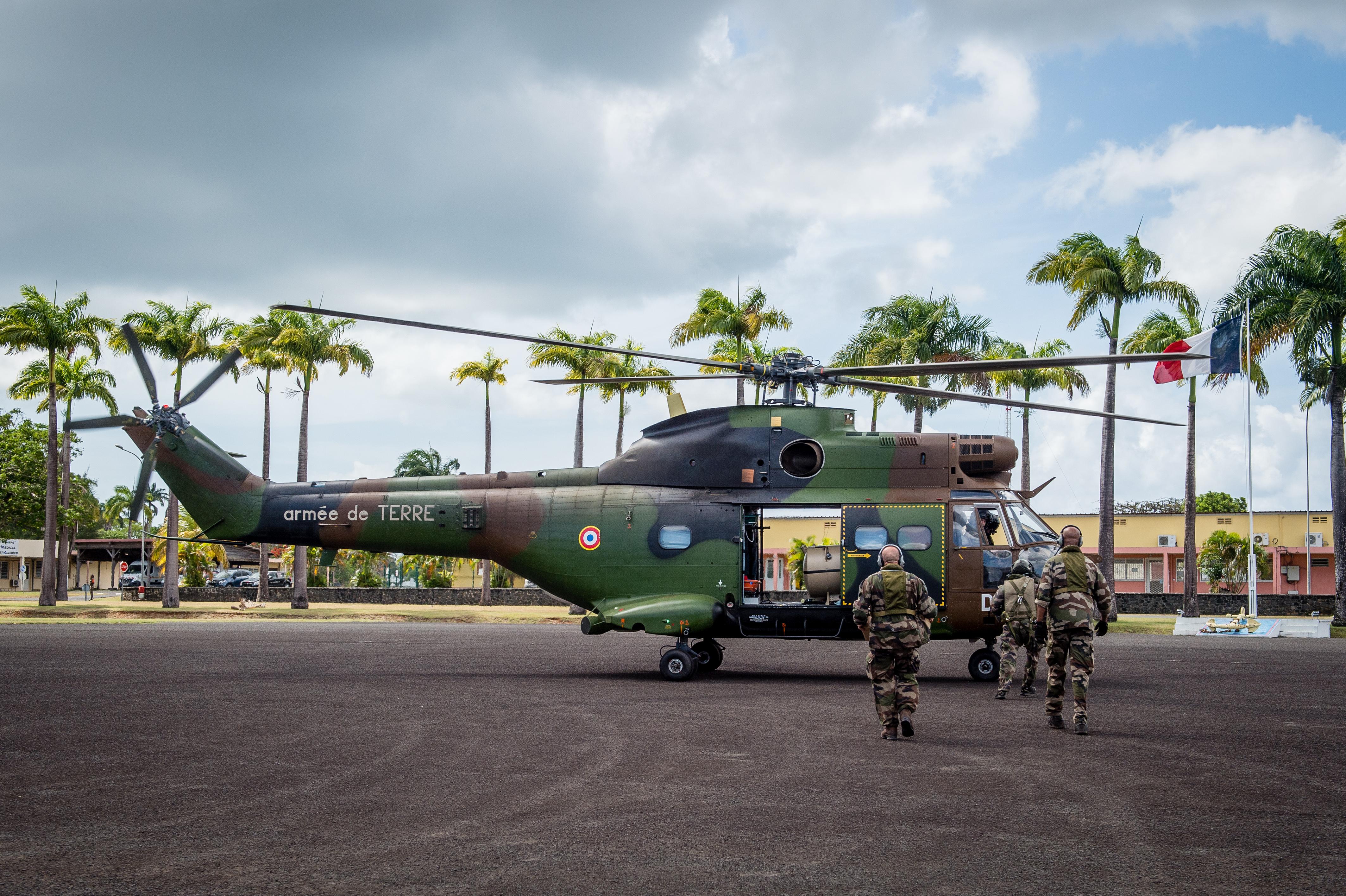 Un hélicoptère PUMA a procèdé à une évacuation médicale de 5 patients