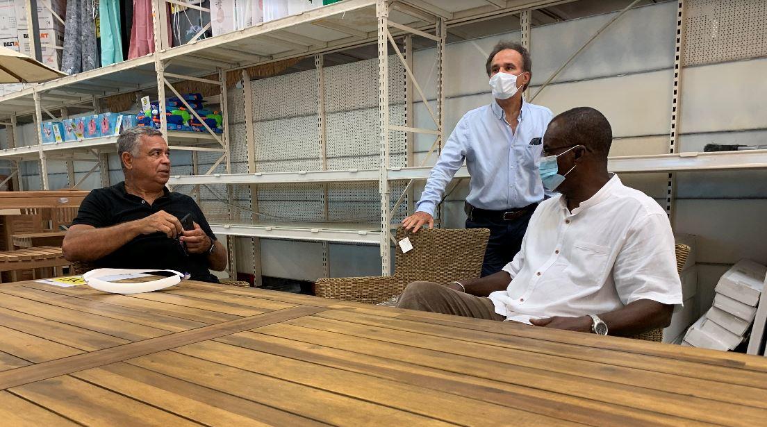 La Région pilote des projets de fabrication locale de masques et de gel hydroalcoolique