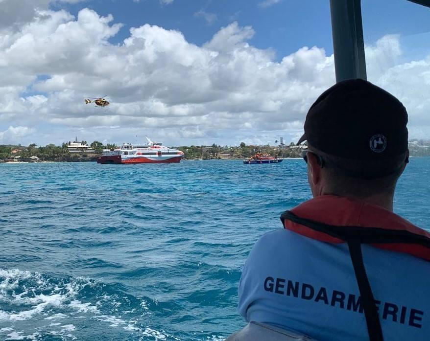 Huit personnes recherchées en mer au nord de la Martinique