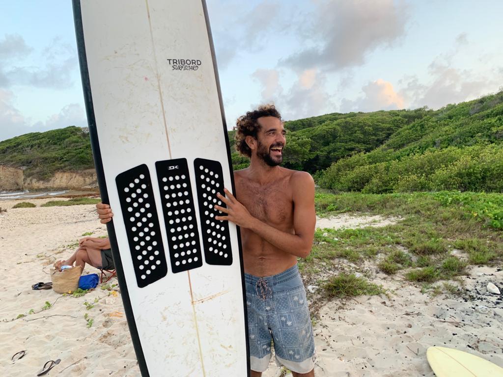 Accès à la mer : le bonheur des surfeurs