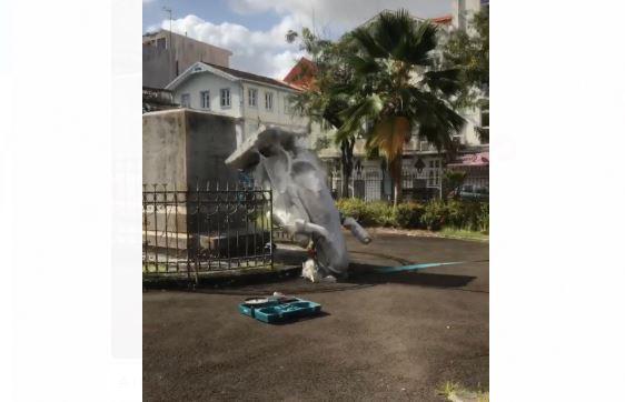 Les municipalités se penchent sur les symboles du colonialisme dans l'espace public