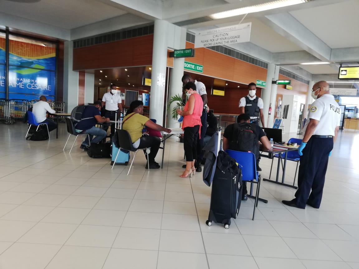 COVID-19 : la quatorzaine change pour ceux qui arrivent en Martinique