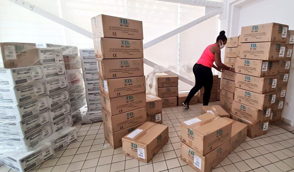 Plus de 135 000 masques pour la réouverture des écoles