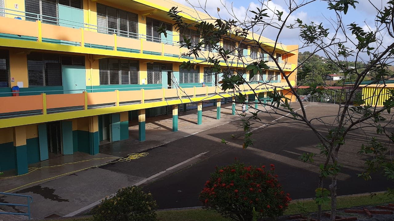 Quelles écoles sont ouvertes en Martinique ?