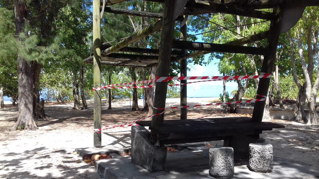 La mer accessible aux visiteurs au Souffleur à Port-Louis