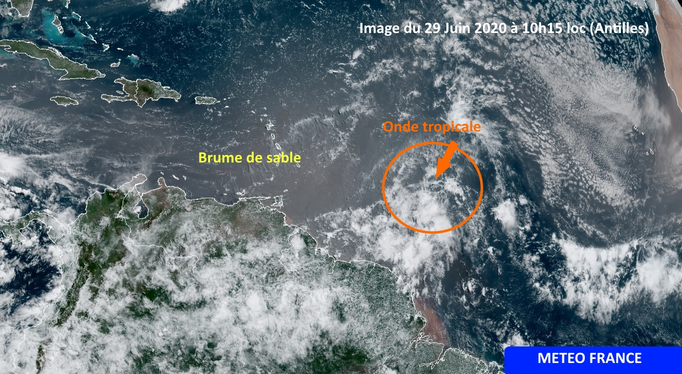 Une onde tropicale en approche : de la pluie prévue ce mardi soir
