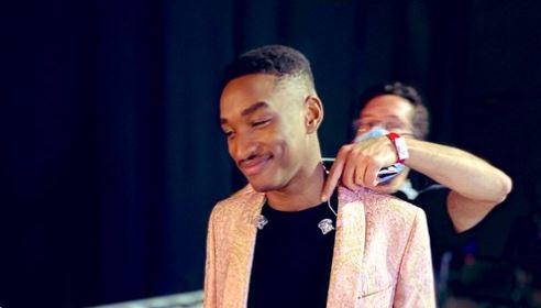 """Le jeune haïtien Abi remporte """"The Voice"""""""