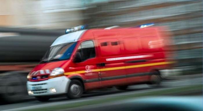 La passagère d'une moto meurt dans un accident à Sainte-Rose