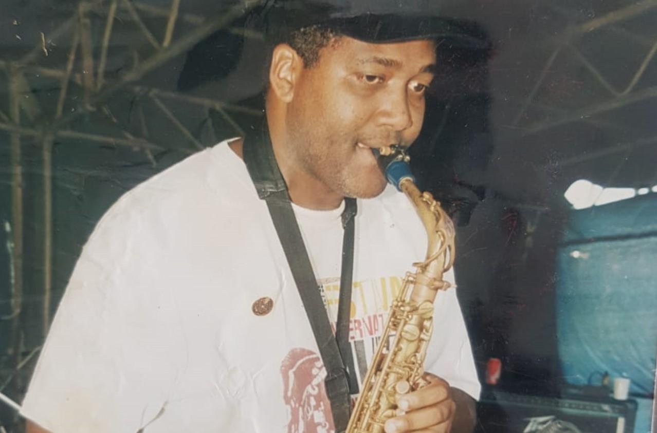 Le musicien saxophoniste Claude Savérimoutou s'en est allé