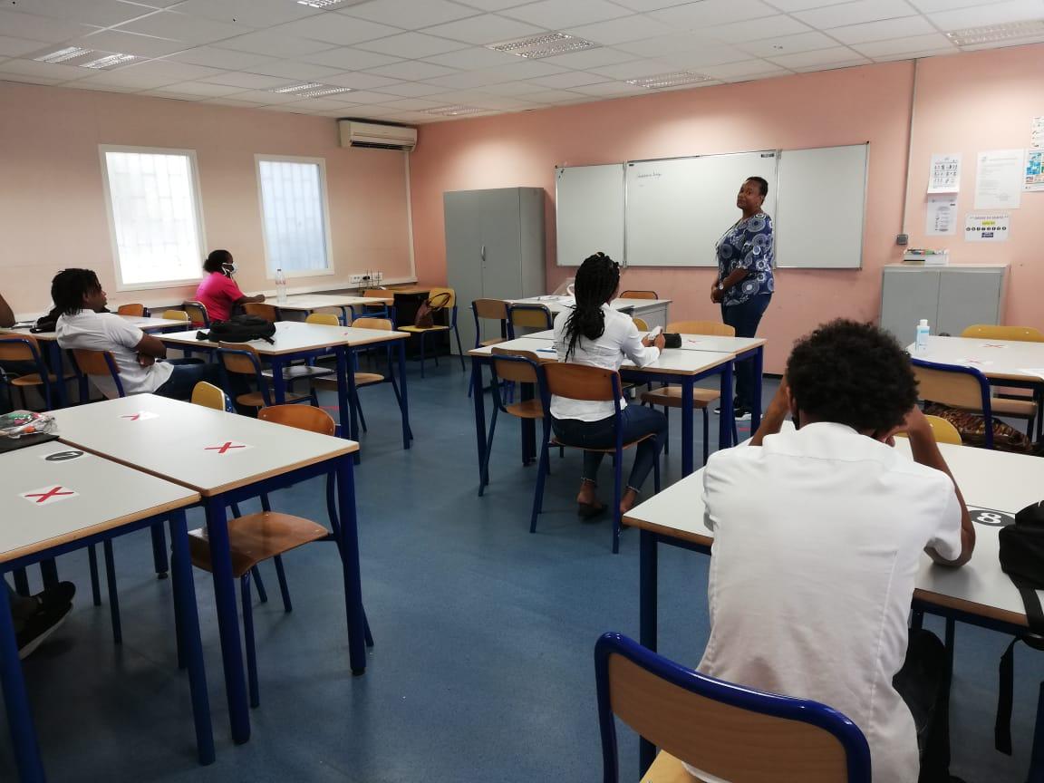 Reprise des cours et retrouvailles au lycée professionnel de Place d'Armes