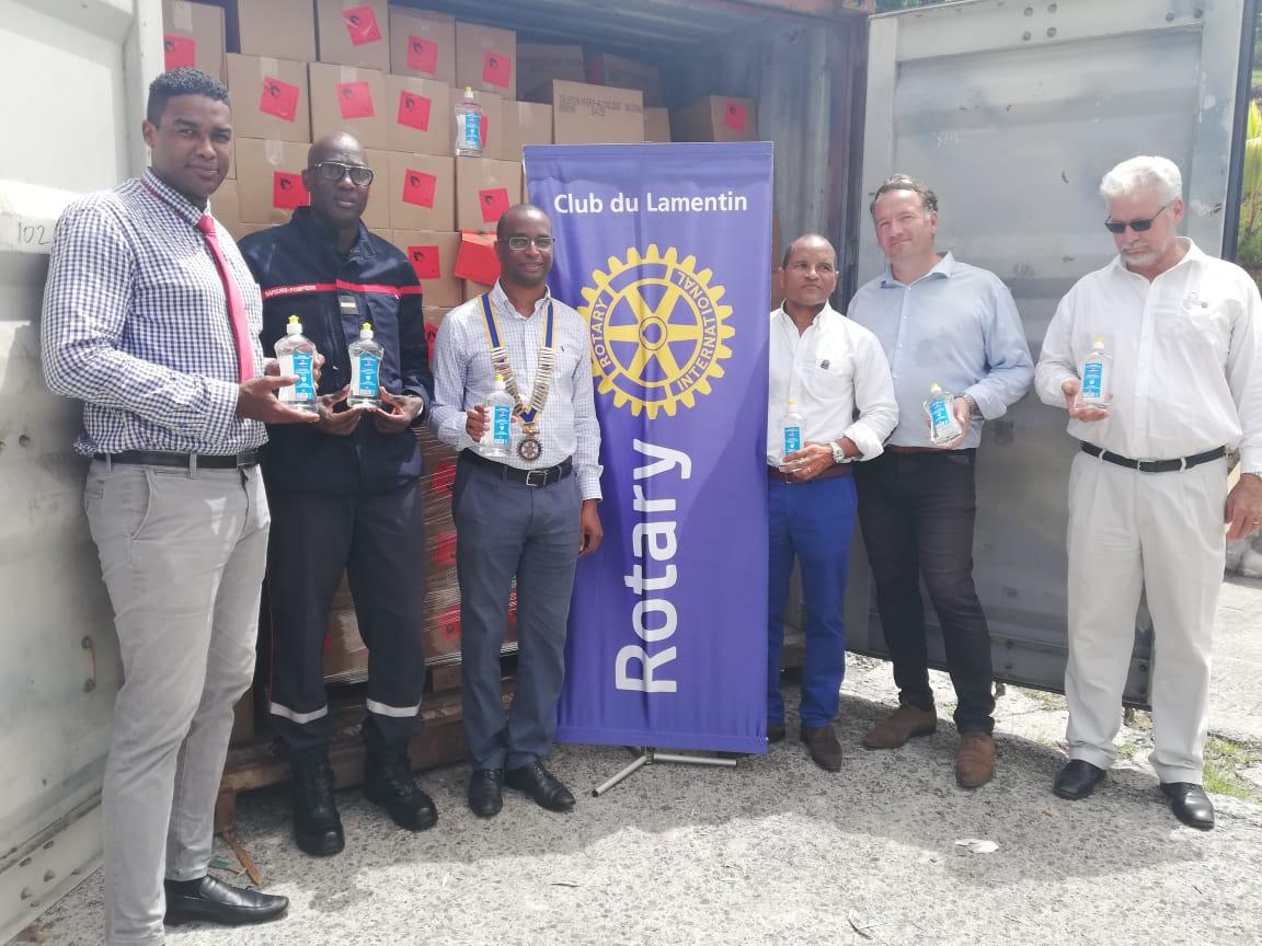 Plus de 13 000 litres de solution hydroalcoolique pour Haïti