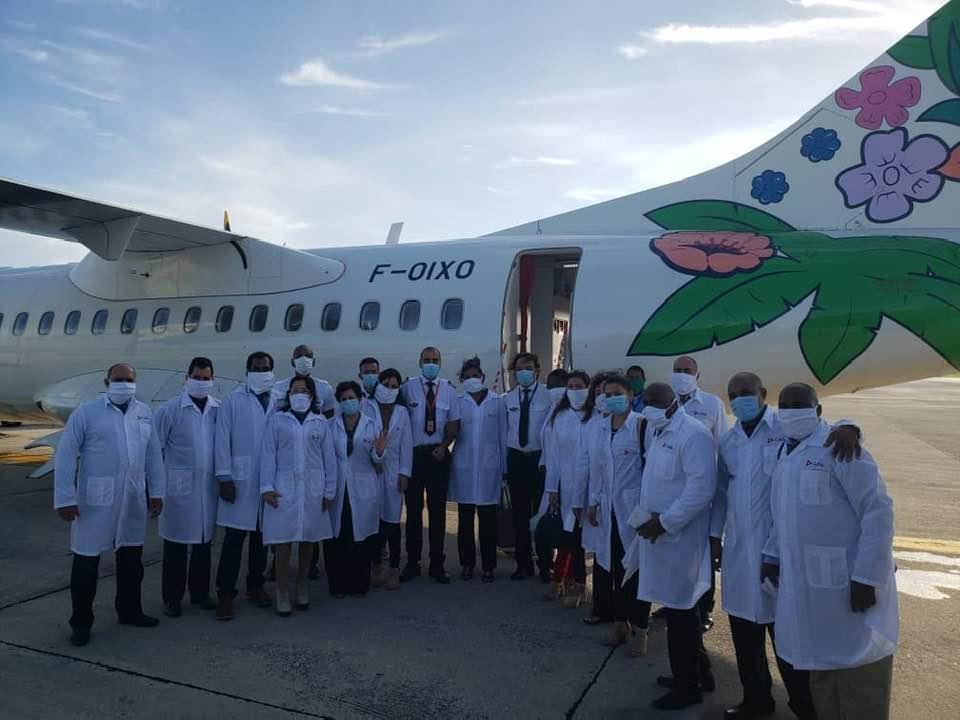 Les médecins cubains attendus en Martinique