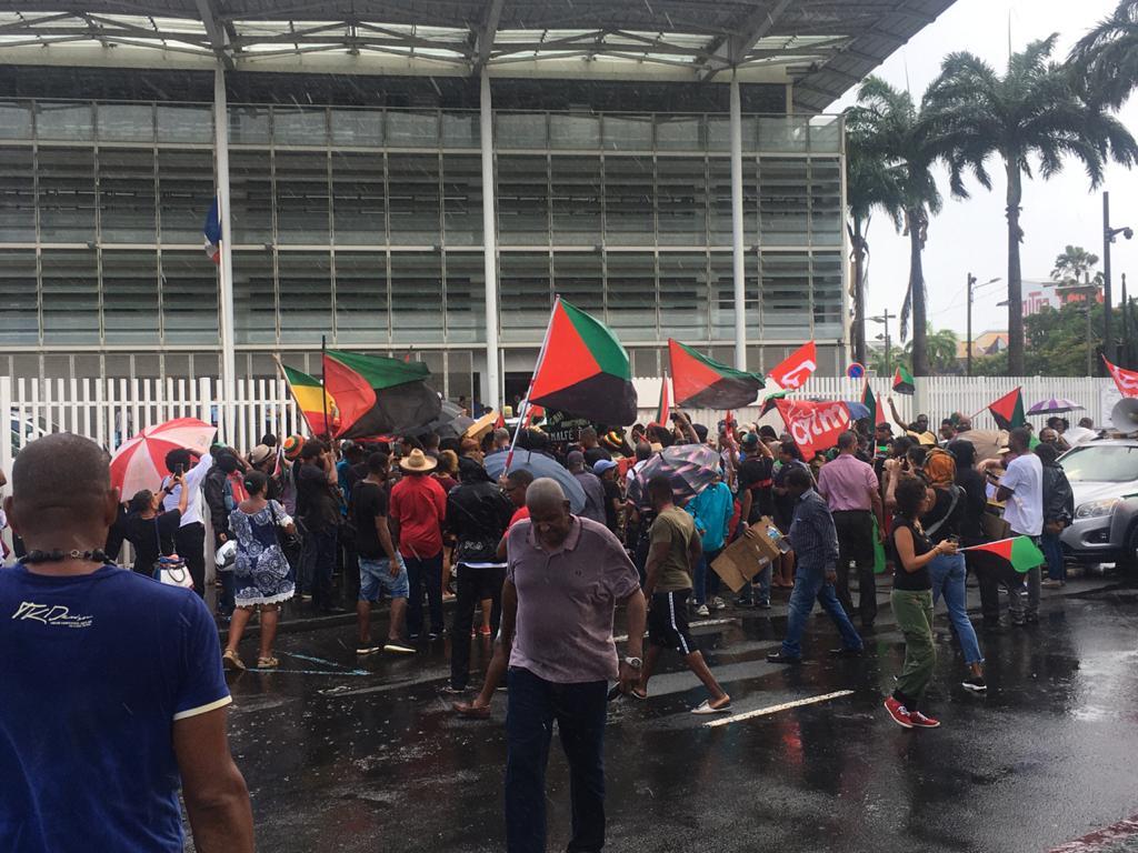 Les 7 militants poursuivis veulent que leur procès se tienne le 3 juin