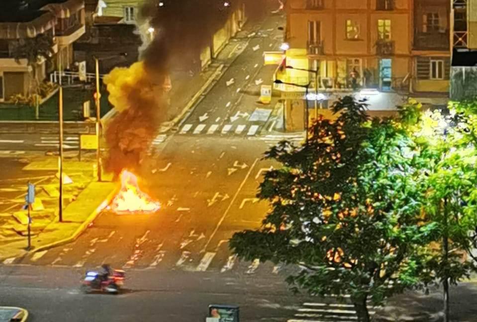 Tensions nocturnes à Fort-de-France