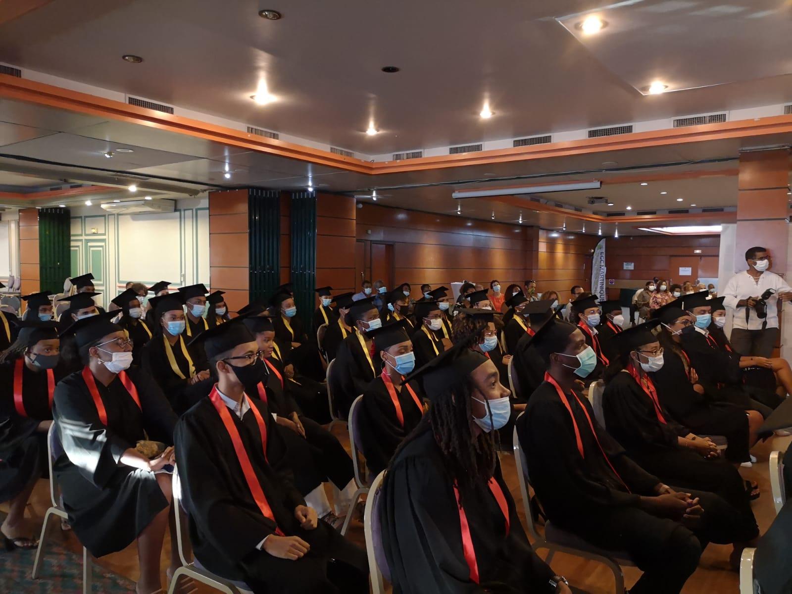 Les nouveaux diplômés de l'EGC Martinique mis à l'honneur