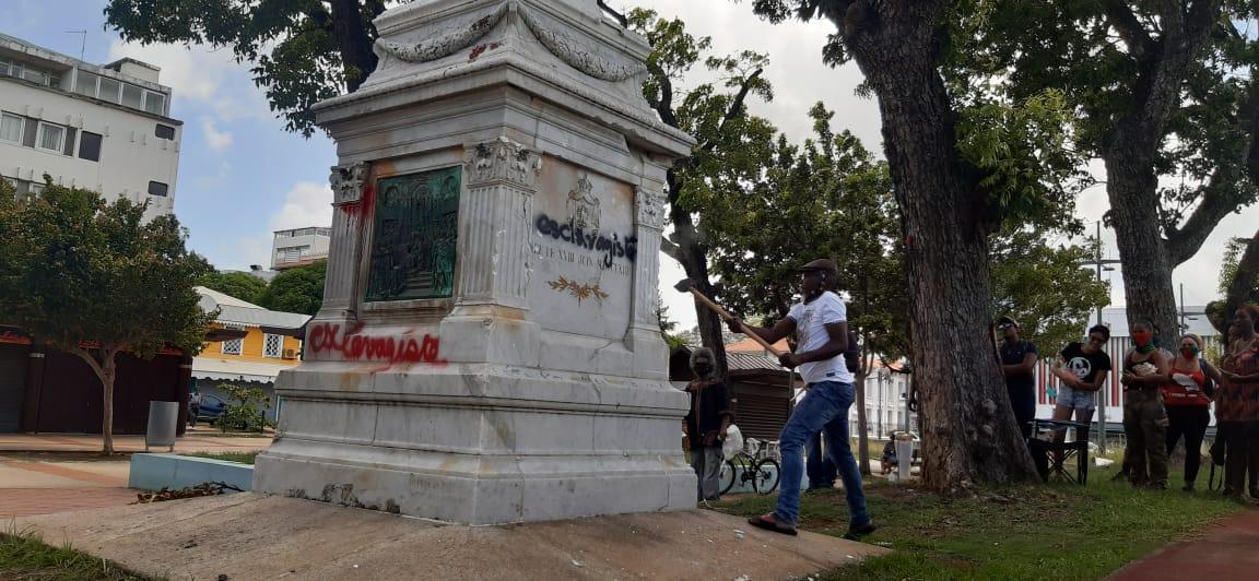 Des activistes veulent déboulonner la statue de Joséphine de Beauharnais