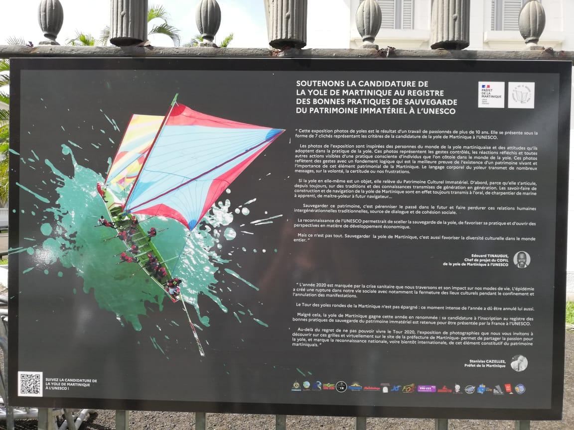 Les Yoles de Martinique s'installent sur les grilles de la Préfecture
