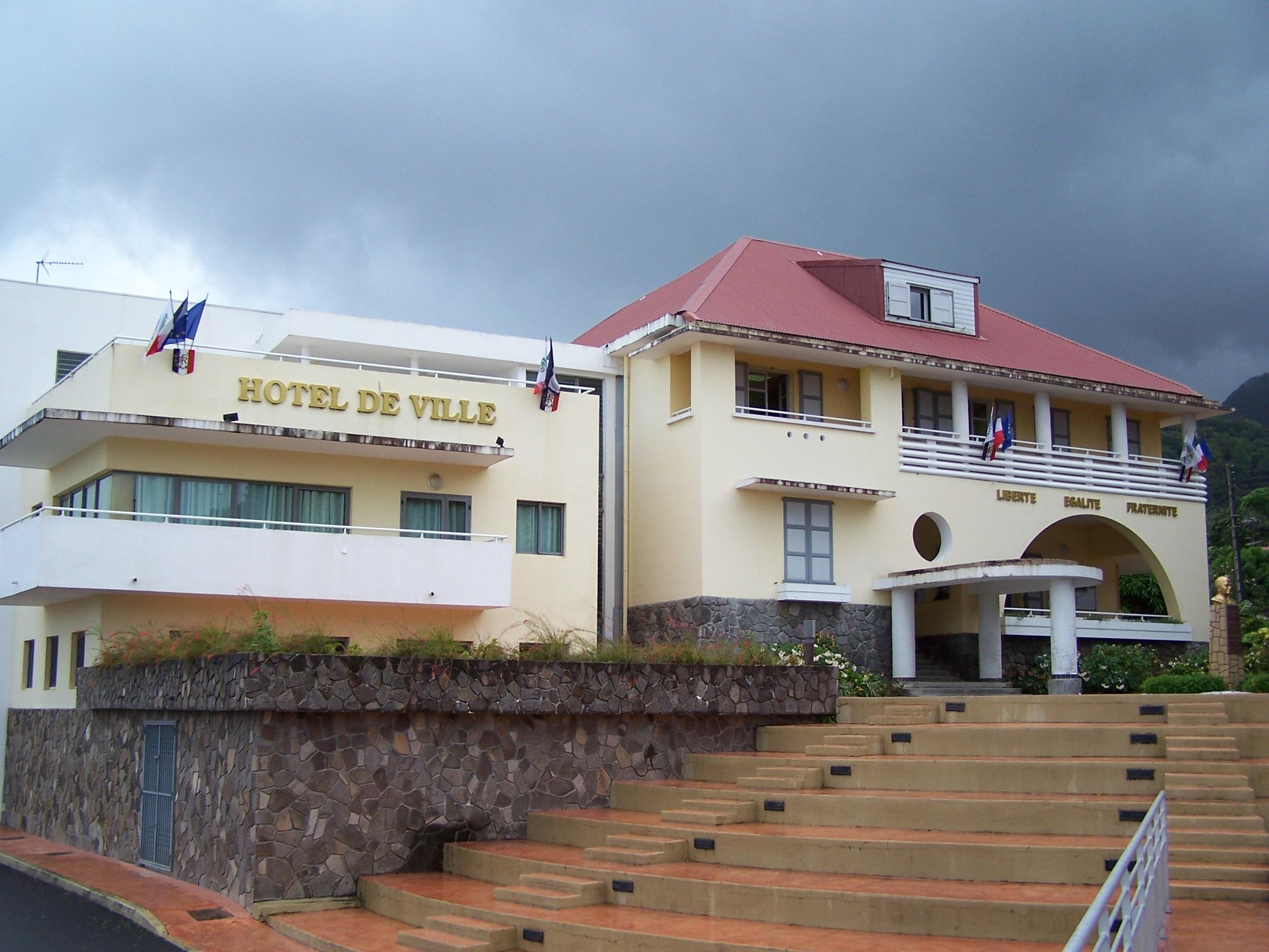 Covid-19 : la mairie de Saint-Claude fermée après des cas au sein du personnel