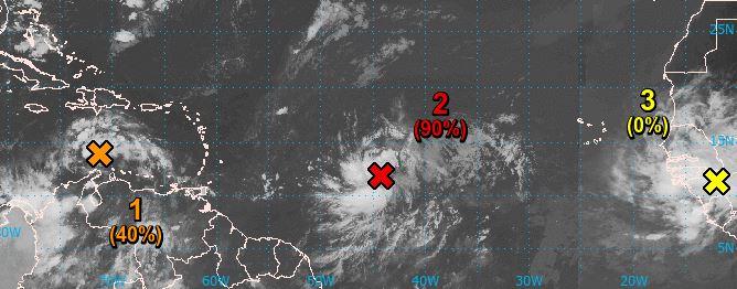 L'onde tropicale située au milieu de l'Atlantique est toujours sous surveillance