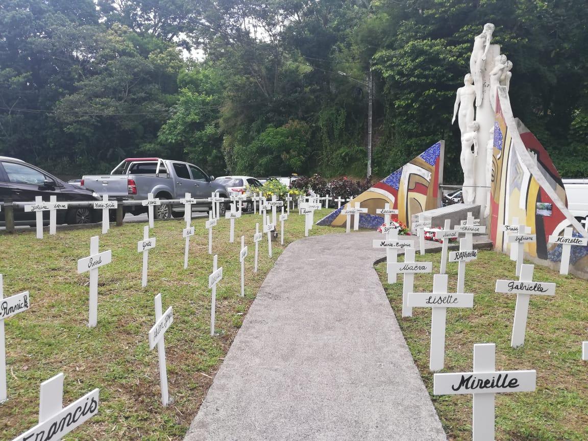 En Martinique comme à Paris, les familles rendent hommage aux victimes du crash du 16 août