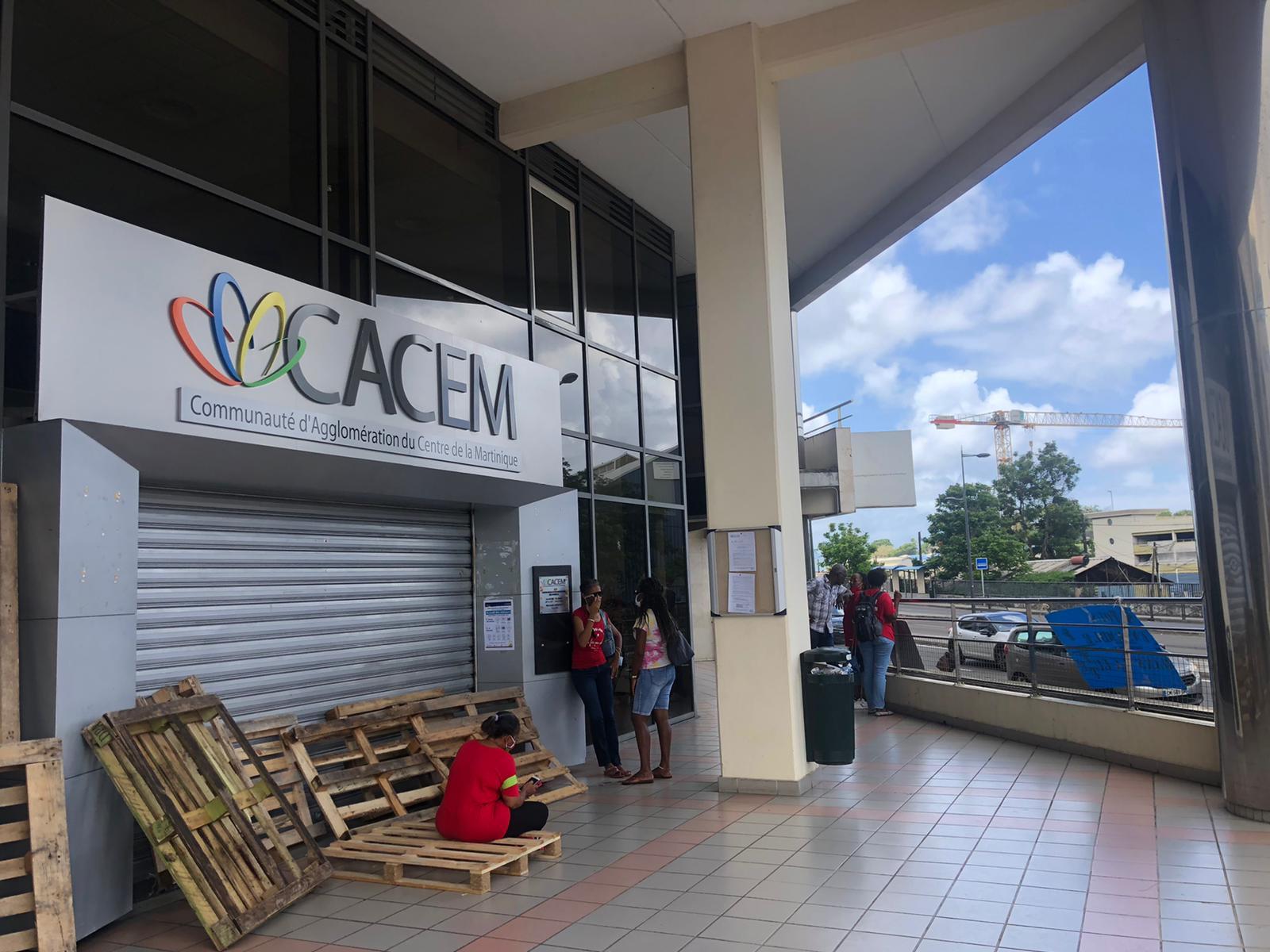 La grève continue à la Cacem