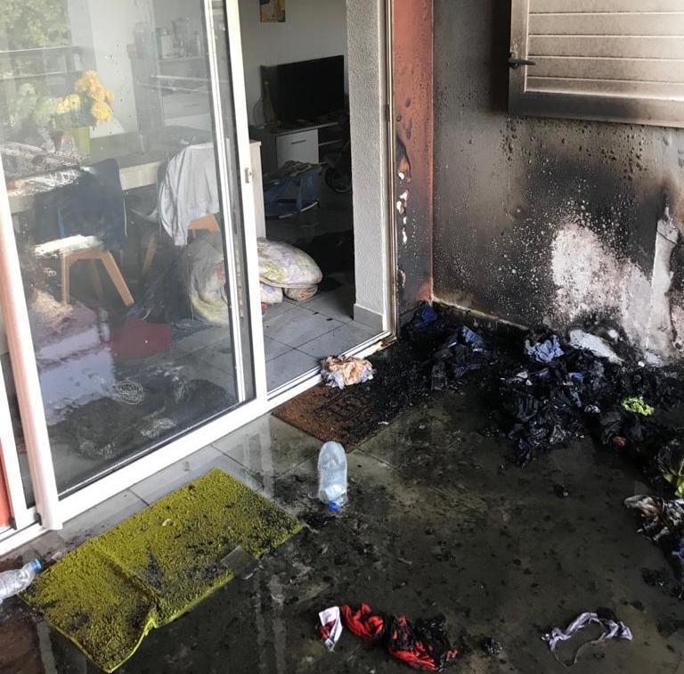 Un couple sauvé d'un incendie