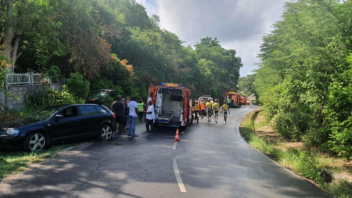 Un groupe de cyclistes de la JCA fauché par un véhicule