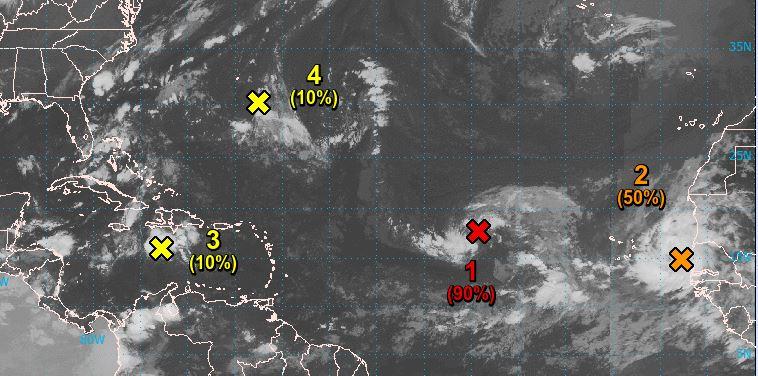 Deux ondes tropicales situées à bonne distance l'Arc Antillais sont sous surveillance
