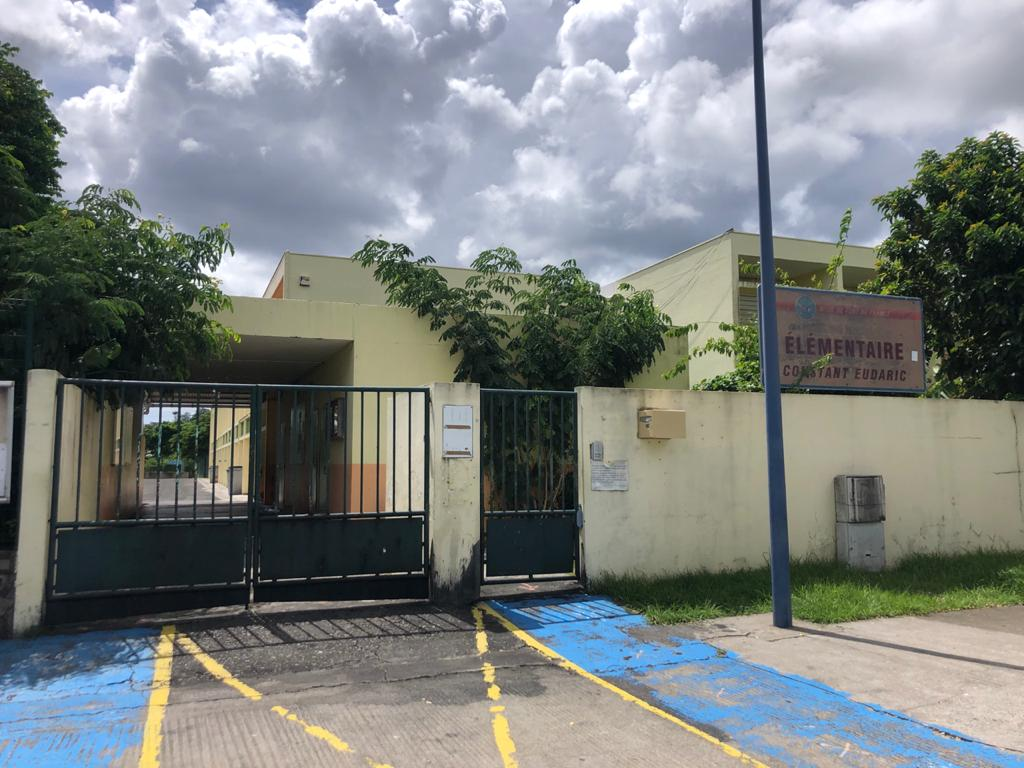 Suspicion d'un cas de COVID dans une école située à Dillon