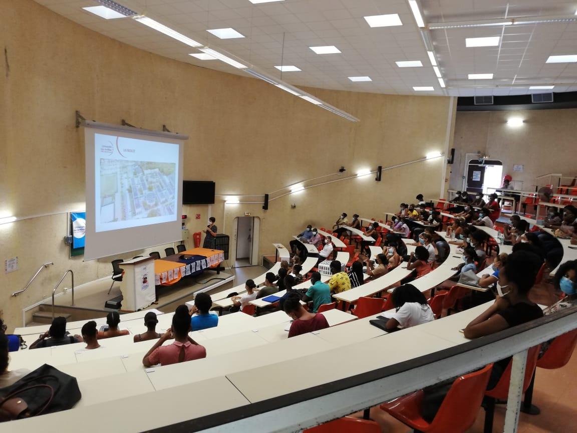 Rentrée universitaire : les premiers pas des nouveaux étudiants