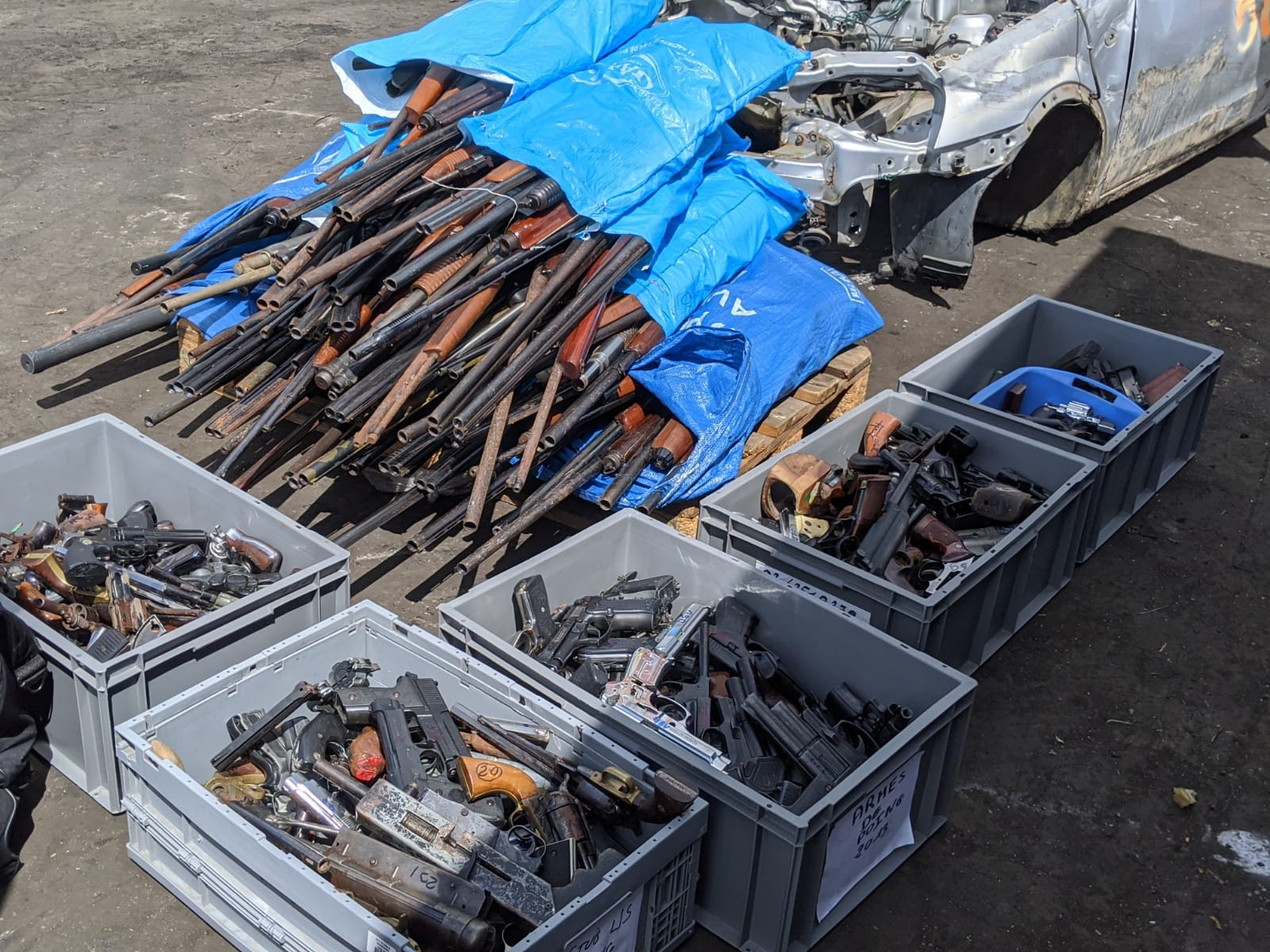 Déposez les armes : plus de 1 000 armes détruites
