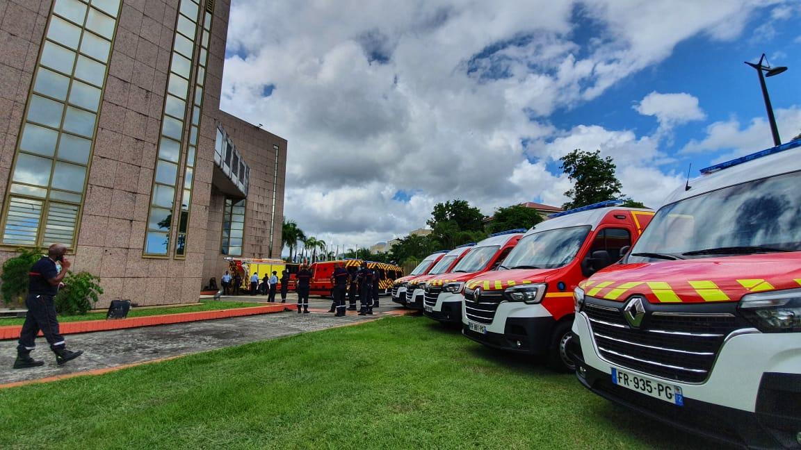 Les nouveaux véhicules des pompiers présentés à la CTM