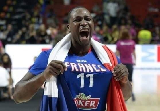 Le basketteur Florent Piétrus prend sa retraite