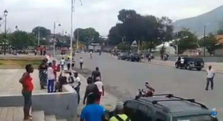 Haïti : des habitants fuient leur quartier pour éviter une fusillade