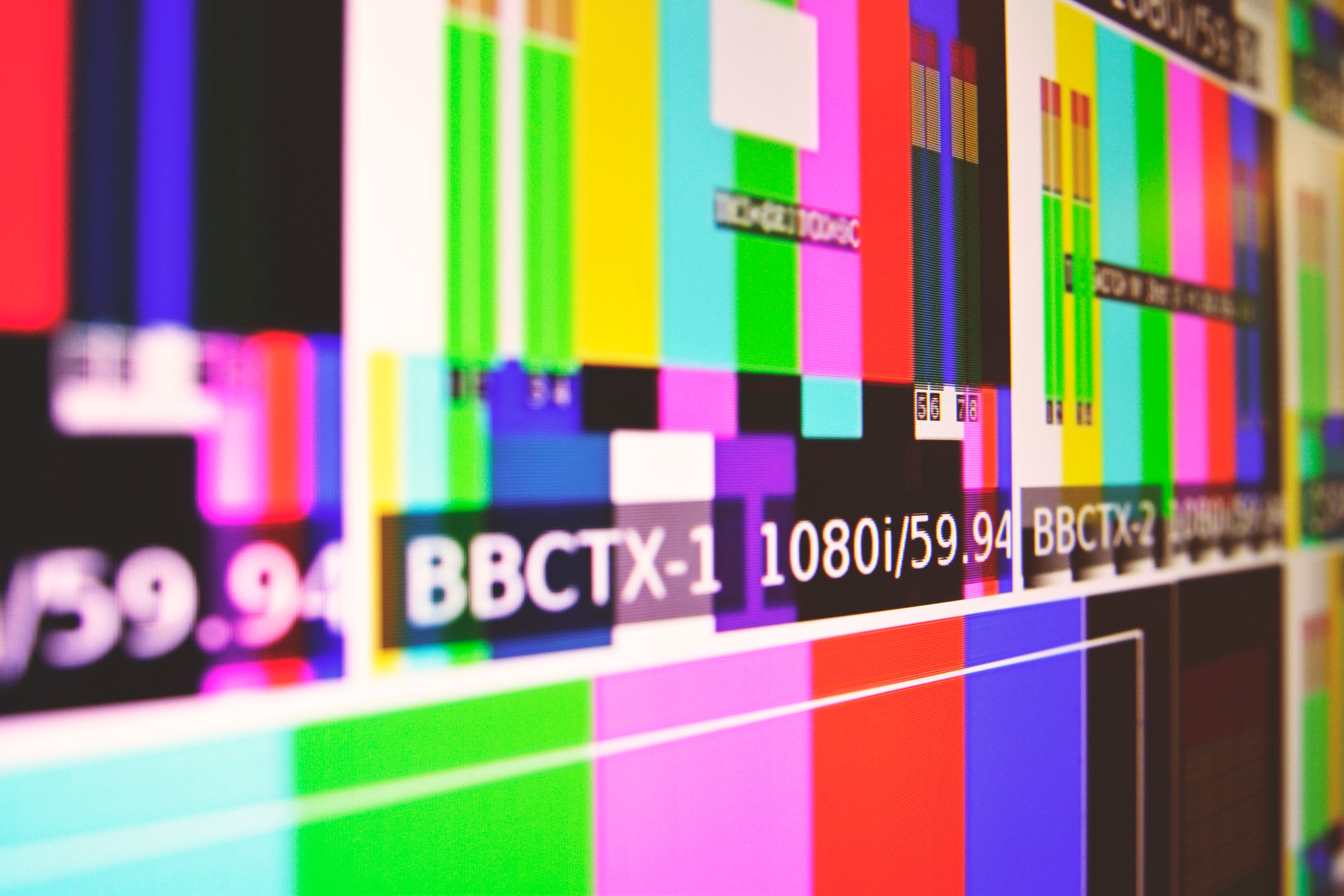 La Martinique et la Guadeloupe, bientôt bannies des pubs télévisées ?
