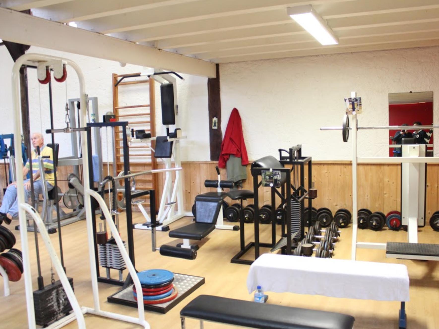 COVID-19 : proposition d'un protocole sanitaire renforcé dans les salles de sport