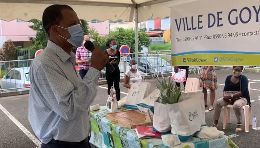 La ville de Goyave a distribué des paniers alimentaires