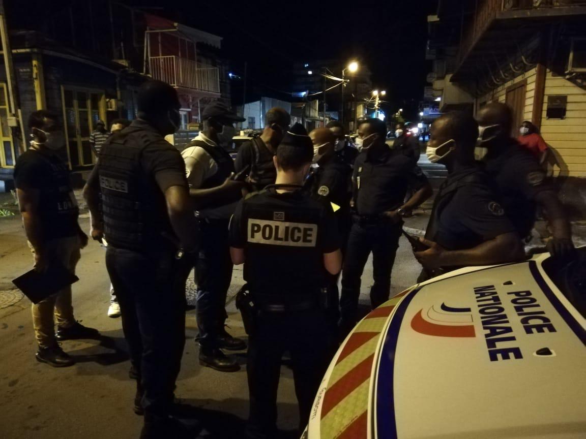 Opération de contrôle de police à Pointe-à-Pitre