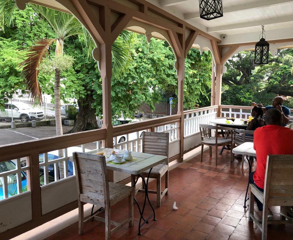 Les cahiers de rappel dans les restaurants : les clients mitigés