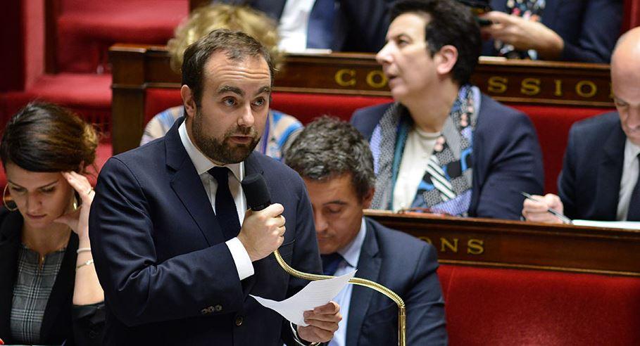 """Soupçons de prise illégale d'intérêts: Sébastien Lecornu entendu, une """"procédure normale"""" pour son cabinet"""
