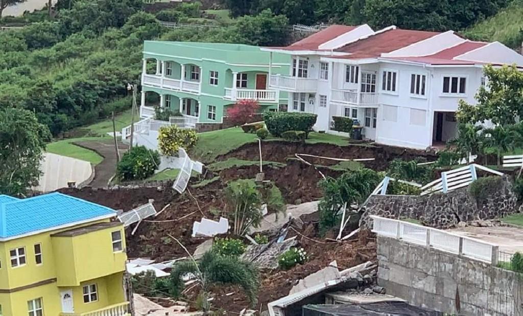 Un important glissement de terrain à Saint-Kitts et Nevis (vidéo)