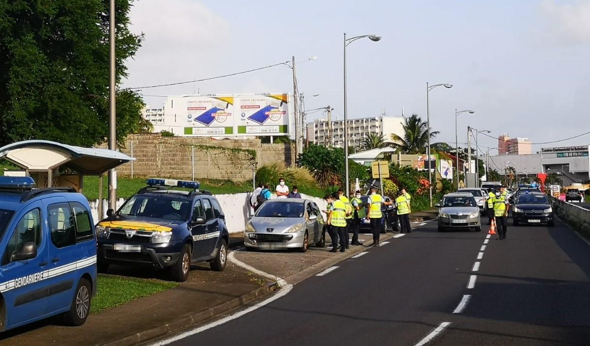 Confinement : 1400 personnes contrôlées ce week-end en Martinique