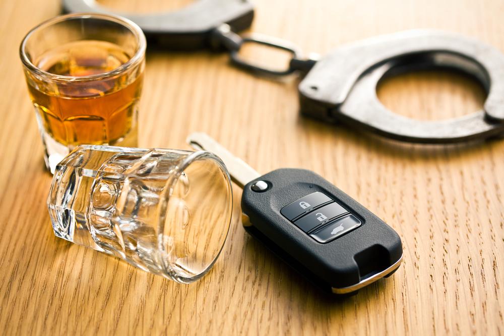 Un chauffard alcoolisé et violent en comparution immédiate