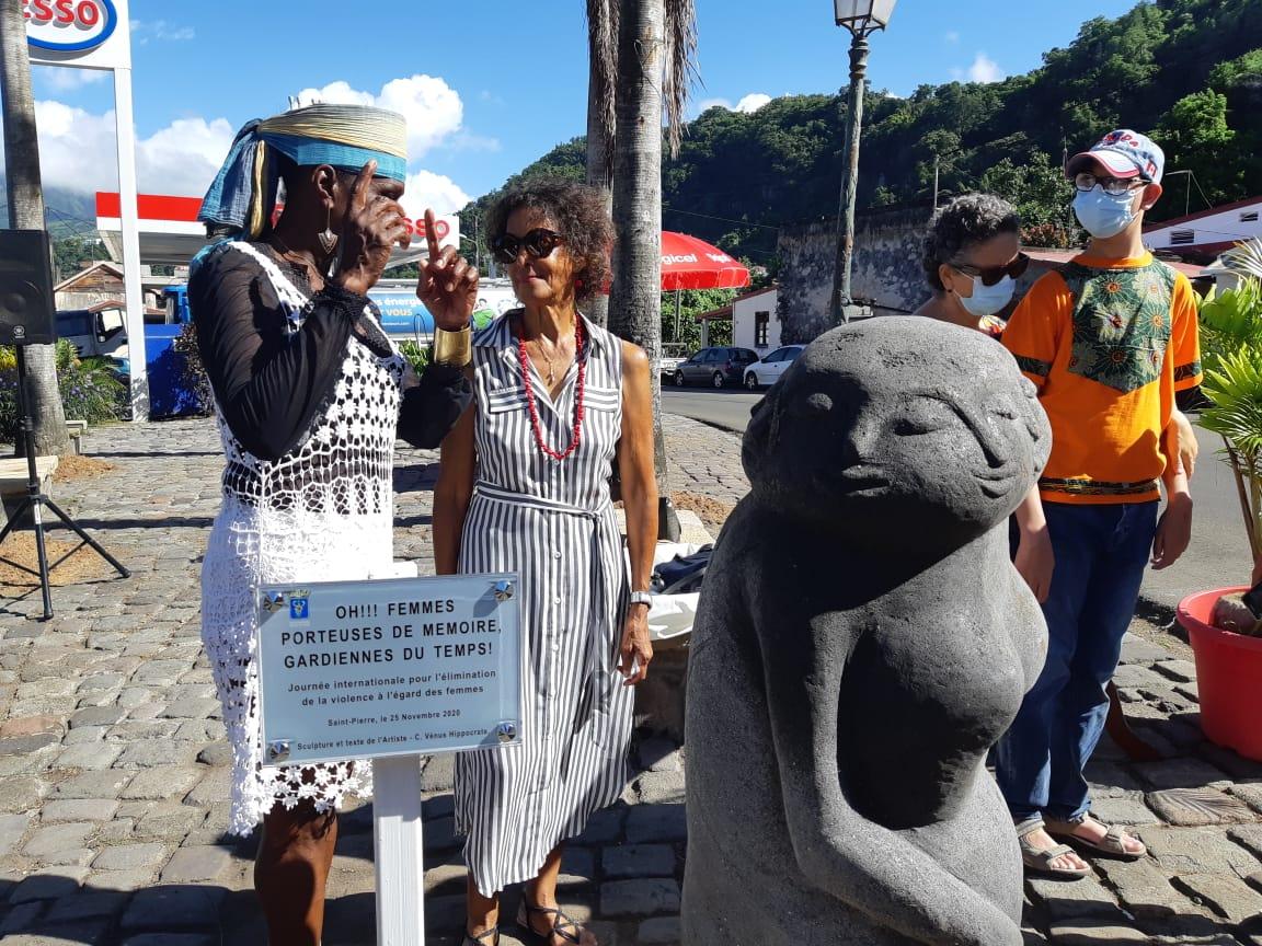 Inauguration d'une sculpture à Saint-Pierre contre les violences faites aux femmes