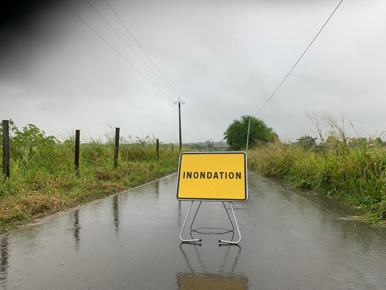 Ecoles fermées, inondations : le point sur les perturbations