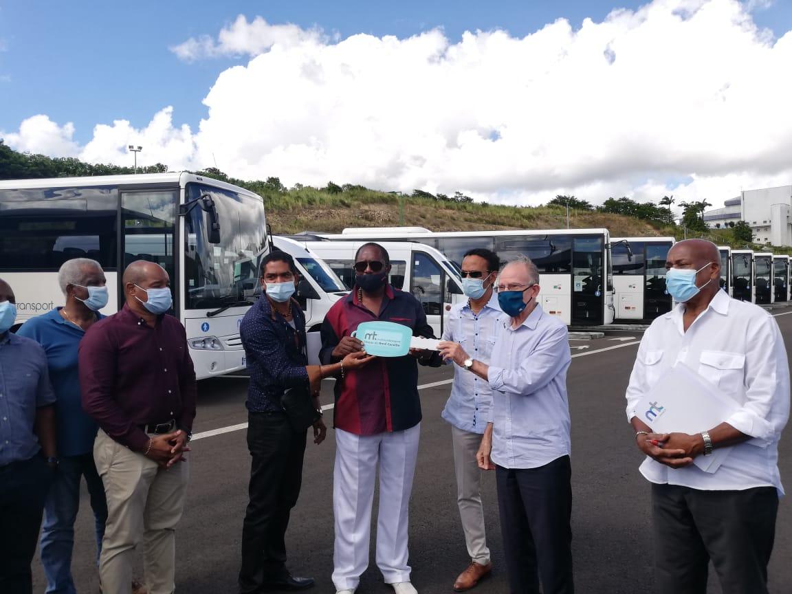 11 bus flambants neufs pour desservir le Nord de la Martinique