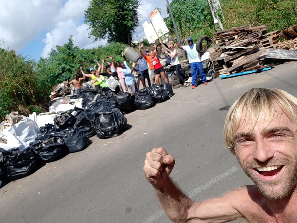 Anthony Sthoer mène une nouvelle opération de nettoyage à l'Etang Z'Abricot