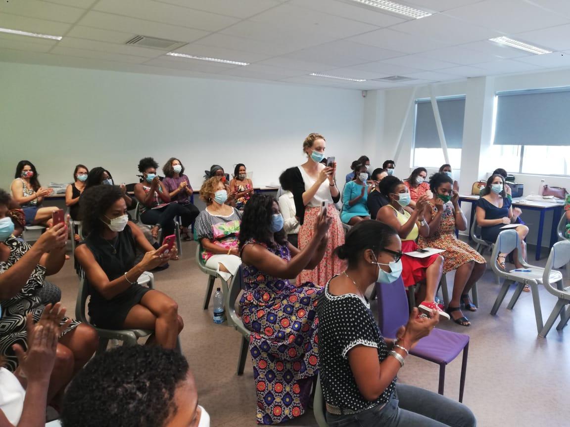 35 Martiniquaises diplômées par HEC Stand Up